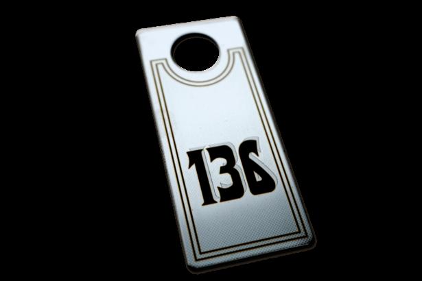 Фирменные номерки из металла для гардероба